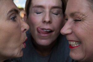 Trockene und spröde Lippen im Winter? Das muss nicht sein! Der selbstgemachte Lippenbalsam macht deine Lippen wieder geschmeidig! © Foto: Nadja Hudovernik